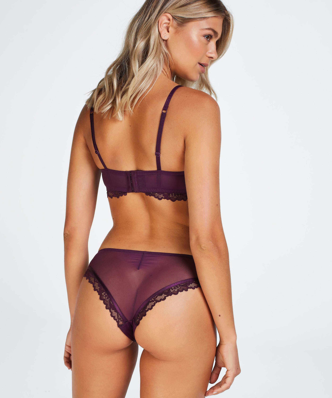 Yvonne Brazilian, Purple, main