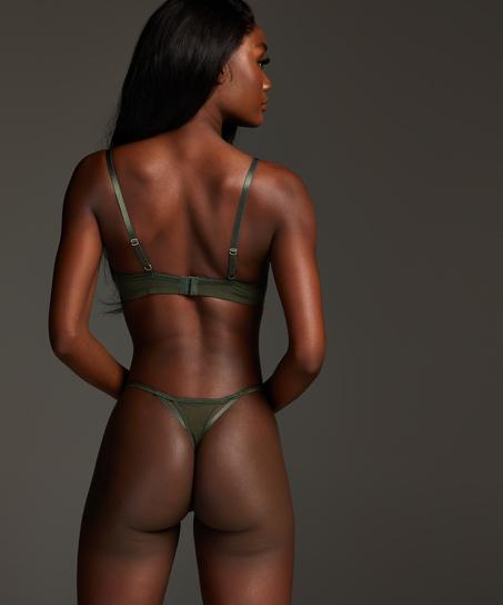 Thong Anna, Green