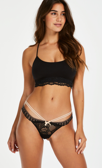Carmine Extra Low Rise Thong, Black