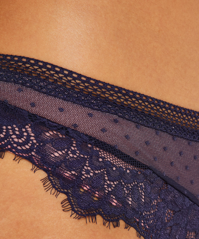 Bessie Brazilian, Blue, main