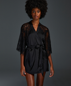 Jennifer Kimono, Black
