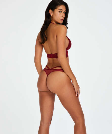 Paige Thong, Red