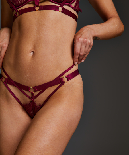 Jacky Thong, Red