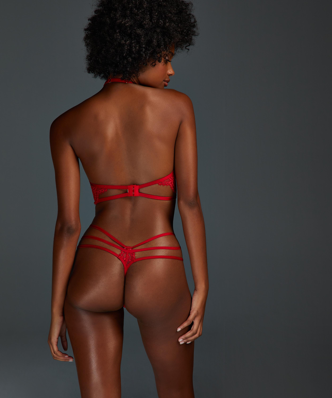 Evey thong, Red, main