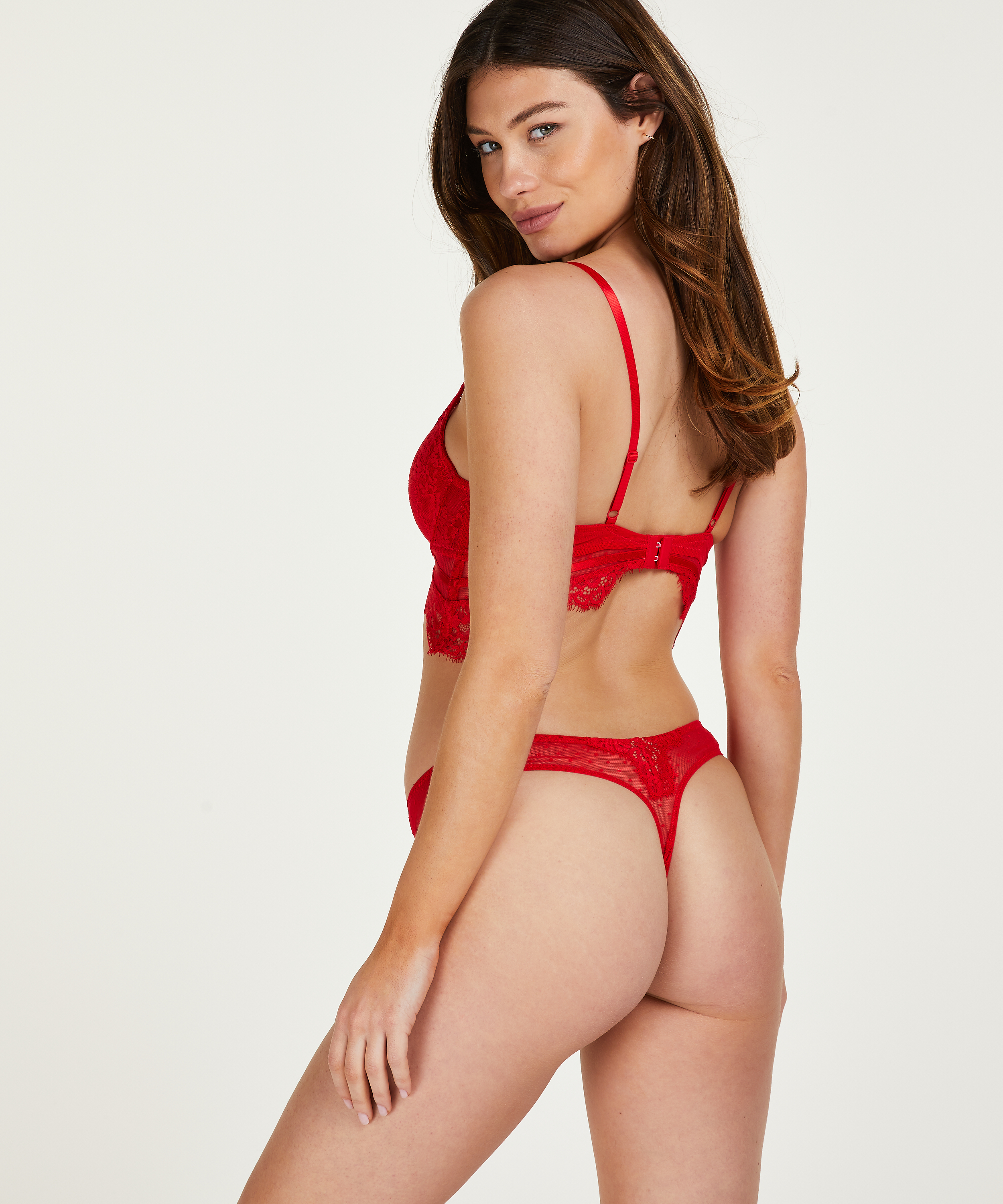 Marilee Thong , Red, main
