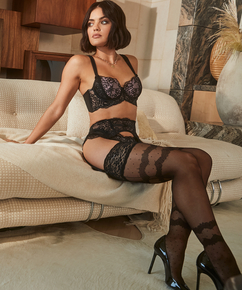 Elissa 15 Denier Stockings Lucy Hale, Black