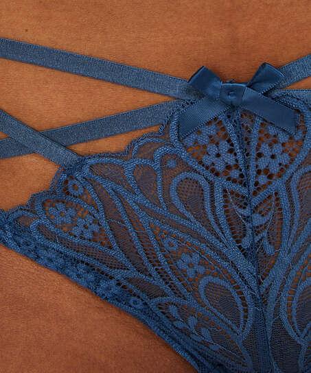 Frederica Brazilian, Blue