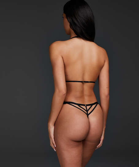 Salem body, Black