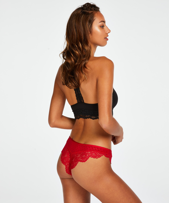 Chrissy Brazilian, Red, main