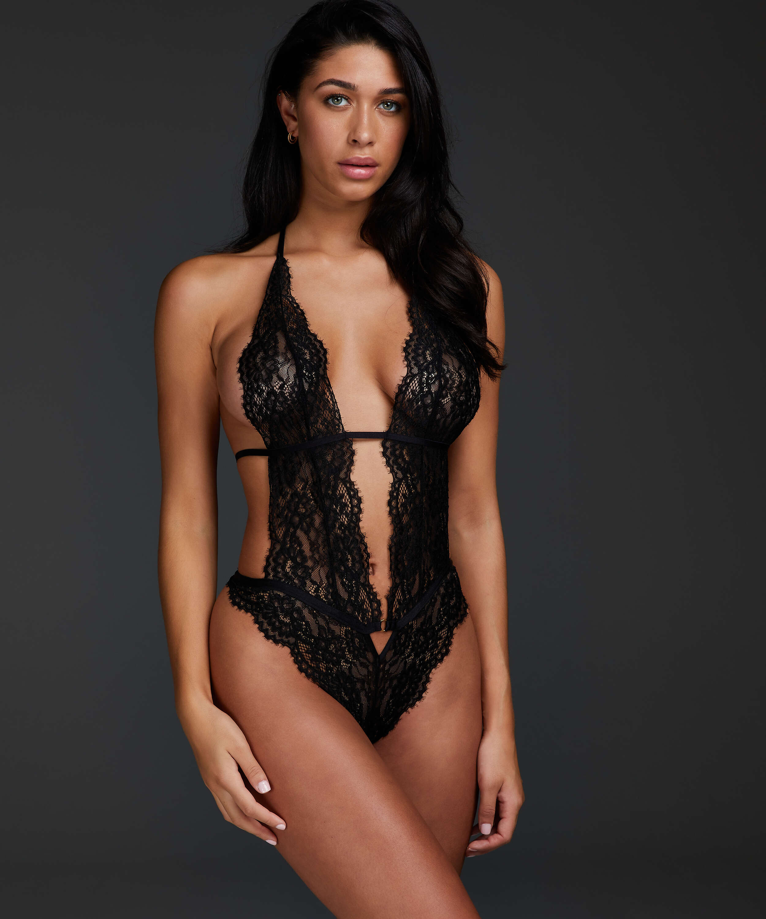 Salem body, Black, main