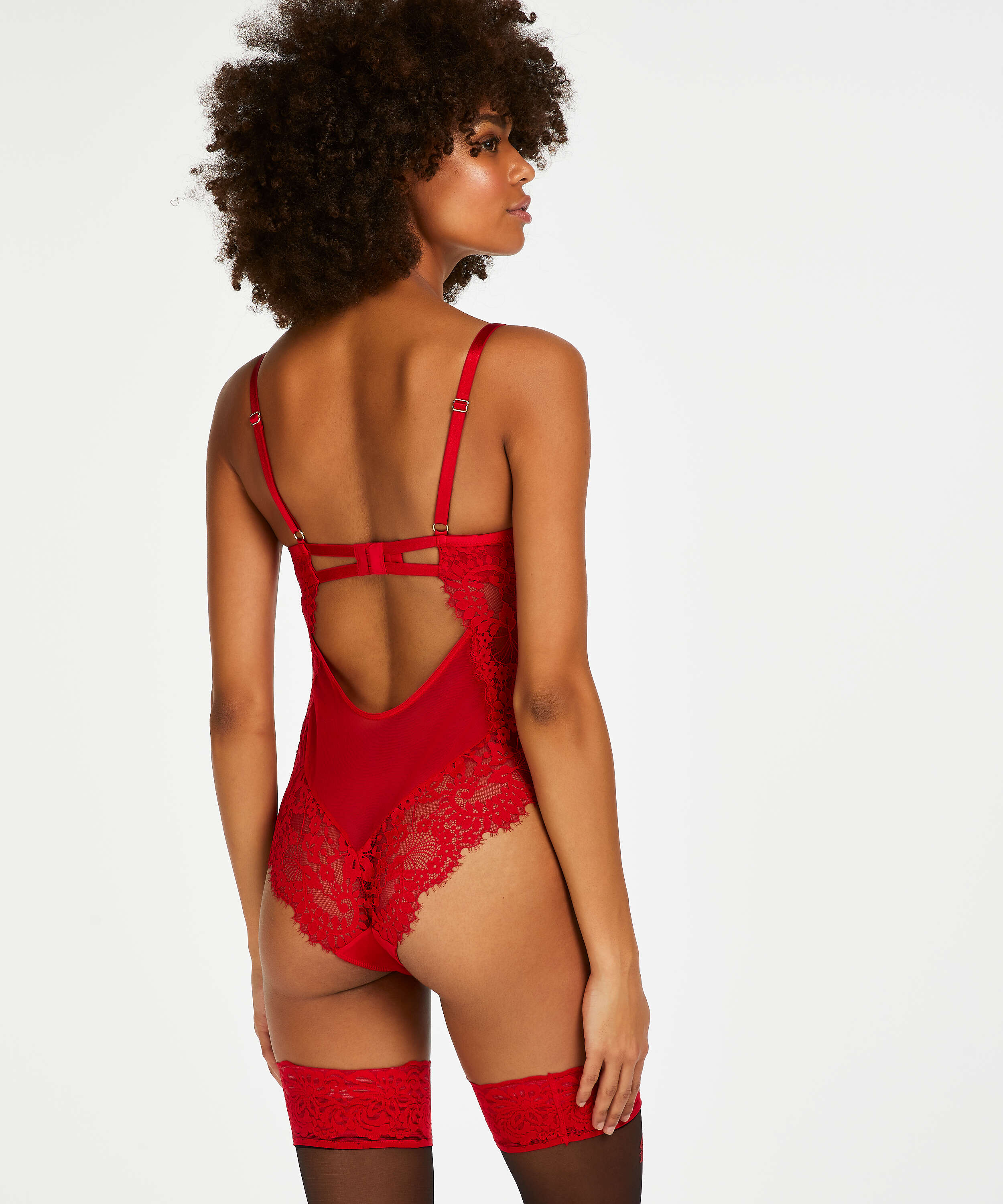 Indie Body, Red, main