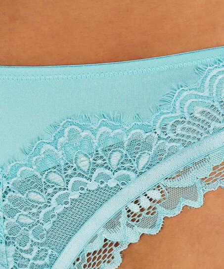 Yvonne Brazilian, Blue