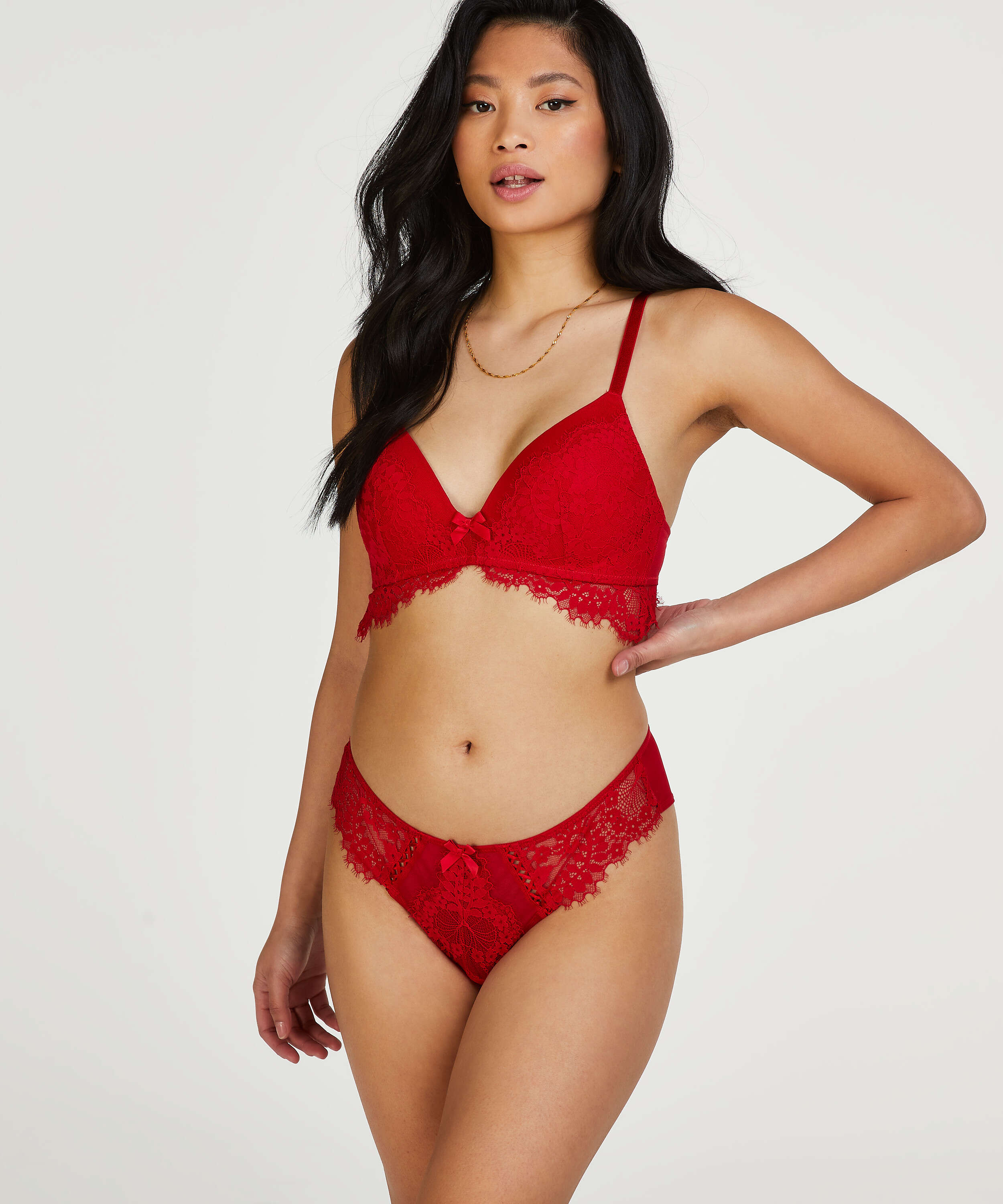 Leyla padded non-underwired bra, Red, main