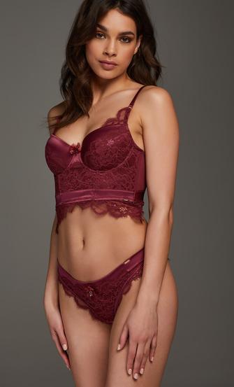 Heather Brazilian, Red