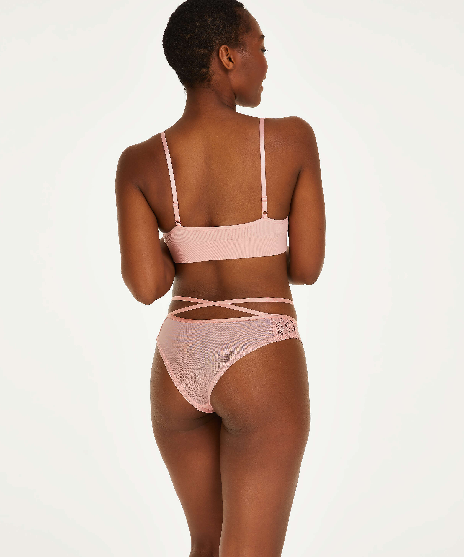 Isabelle Brazilian, Pink, main