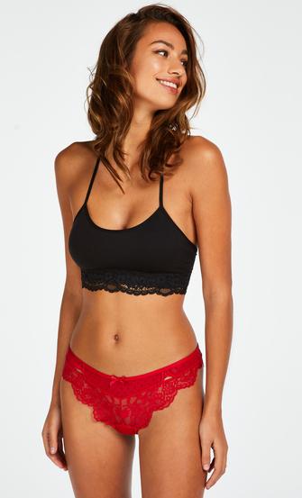 Chrissy Brazilian, Red