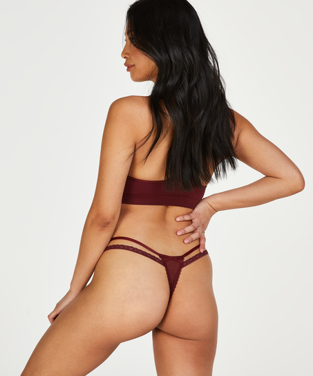 Kendra thong, Red