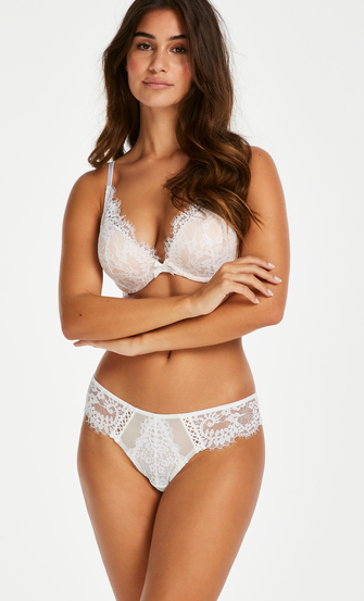 Leyla Brazilian, White